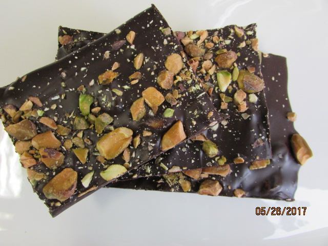 Dark Chocolate Bark - Pistachio